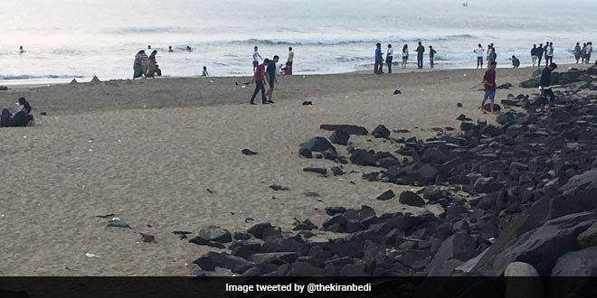 #SwachhIndia   How a casual morning walk on a beach for Puducherry Lieutenant Governor @thekiranbedi turned into a cleanup drive giving rise to new stringent guidelines to maintain beaches   Read here: https://t.co/moRy0rwz7Y