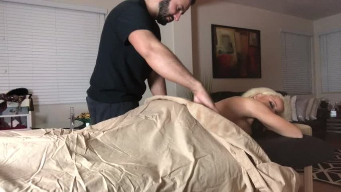 Just sold! Massage Therapist Gets Dirty https://t.co/sKq7TRj5d4 #MVSales #ManyVids https://t.co/16ZX