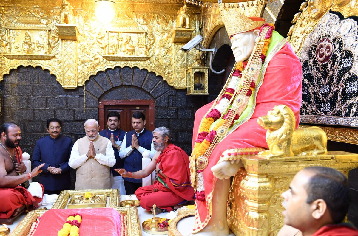 Feeling extremely blessed after praying at the Shri Saibaba's Samadhi Temple in Shirdi.   His thoughts and ideals inspire crores of Indians as we work towards creating an inclusive, compassionate and just society.