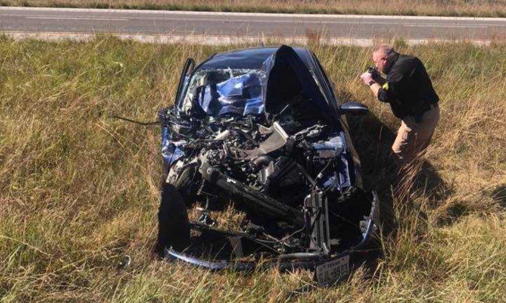 Car crashes into rear of Roxana fire truck on I-255 https://t.co/sZ6EKpx9lR