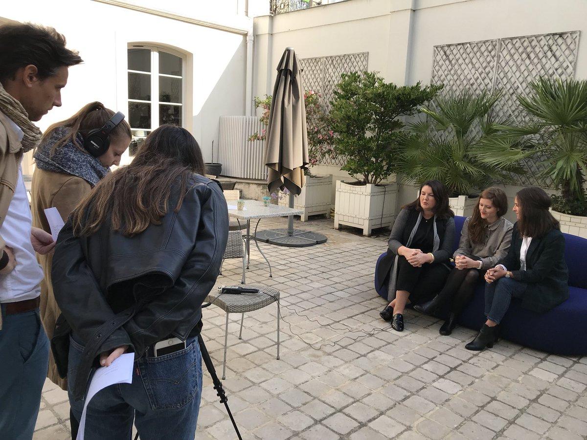 En parallèle de leur #pitch devant le jury, nos 3 finalistes #DAG2018 (Exotec Solutions x @Cdiscount, @MEME_COSMETICS x @PierreFabre, @FINAL_CAD x @EiffageFR) passent devant les caméras des @LesPetitsF  - FestivalFocus