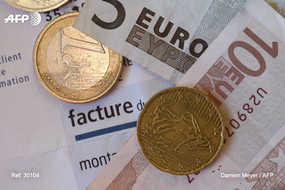 Près de la moitié des jeunes Français déclarent avoir des difficultés financières, qui restreignent leur accès à la culture ou leur capacité à se nourrir sainement (sondage) https://t.co/yxFjT2hwQo #AFP
