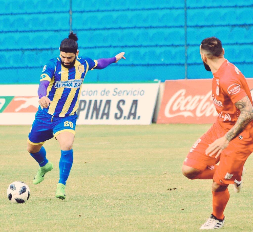 🏆¡HOY se inicia la Fecha 15 del Campeonato #Clausura2018!  ⌚️19:30 #CA3F 🆚 #Capiatá   😃 ¡Ya sabes! ¡Todos los partidos del plano local e internacional, lo disfrutás en el mejor ambiente futbolero, en #LDOCentro y #LDOPaseo! ⚽️ #LaParrilladaDelFutbolNacional🇵🇾 https://t.co/BeVYY3xOtb