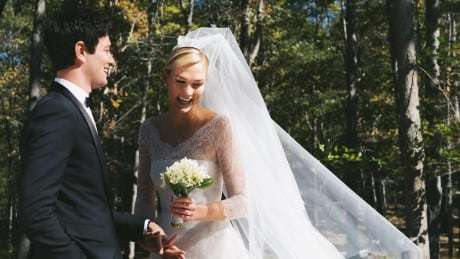 Supermodel Karlie Kloss weds Jared Kushner's brother https://t.co/EzyZxqOmnA