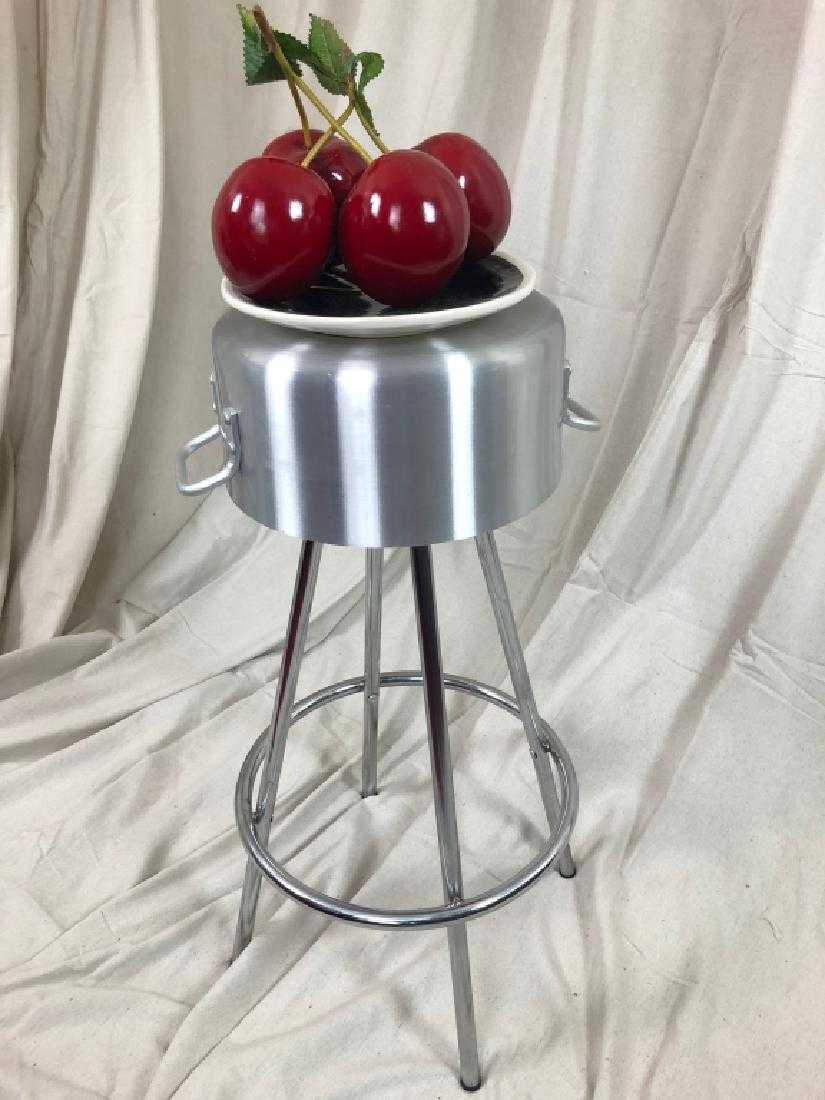 Enjoyable The Find Sisters On Twitter Best Kitchen Stool Ever Pot Ocoug Best Dining Table And Chair Ideas Images Ocougorg