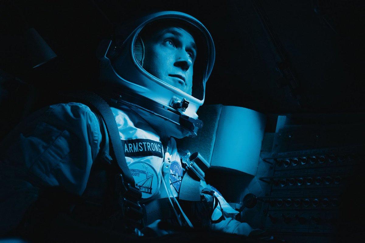 First Man : démêlons le vrai du faux dans le biopic de Neil Armstrong -  https://t.co/oIAr33u13D