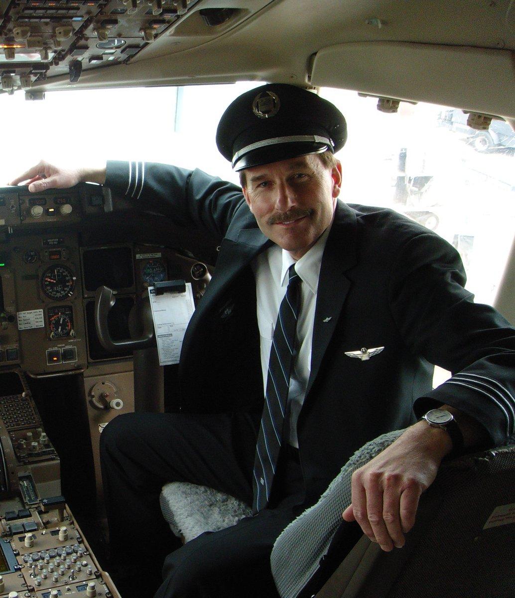 Крушение самолета на гудзоне фото капитана