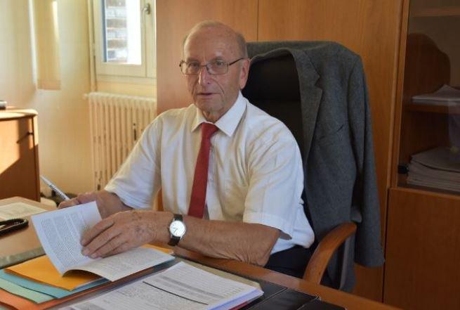 """Denis Plasson, président du tribunal de commerce de #Sens : """"notre priorité est de sauver les emplois"""". #yonne  https:// www.lyonne.fr/sens/economie/emploi/2018/10/19/denis-plasson-president-du-tribunal-de-commerce-de-sens-notre-priorite-est-de-sauver-les-emplois_13023212.html  - FestivalFocus"""