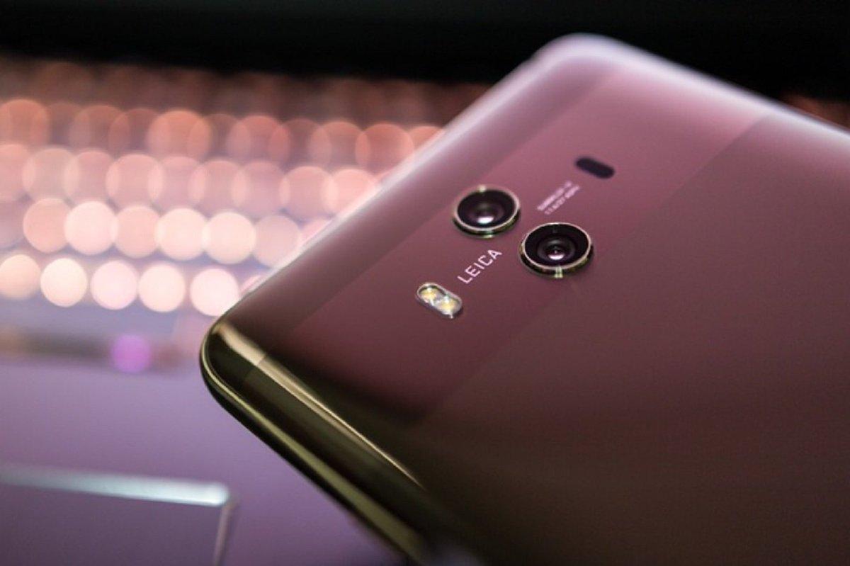 Huawei confirme qu'il travaille sur un smartphone pliable compatible avec la 5G http://dlvr.it/Qns3Rs  - FestivalFocus