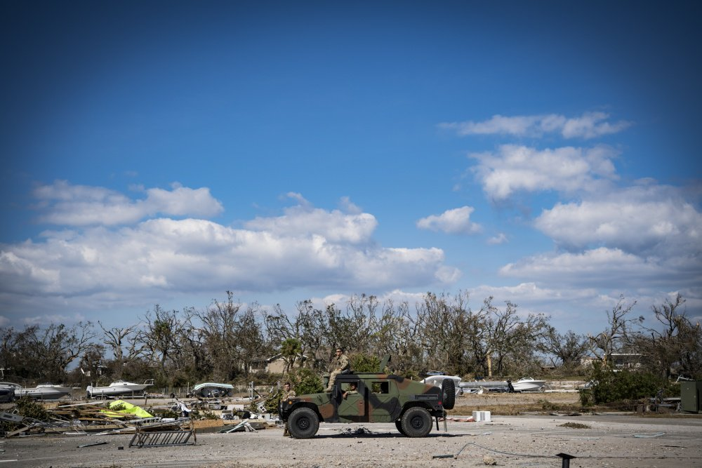 #HurricaneMichael hit the #FloridaPanhandle Oct. 10, w/ @TeamTyndall directly in its path. Active-duty and @USNationalGuard service members &amp; #Airmen were pre-positioned to provide assistance during the storm. For more photos:  https://www. af.mil/News/Article-D isplay/Article/1664669/air-force-responds-to-hurricane-michael/ &nbsp; … <br>http://pic.twitter.com/selfEU3rqQ