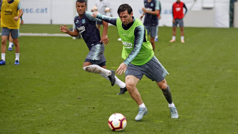 [�� EN DIRECTE] Segueix l'entrenament previ al #BarçaSevilla �� https://t.co/ZDFoaBlmsj ���� #ForçaBarça https://t.co/if2idK7DRk
