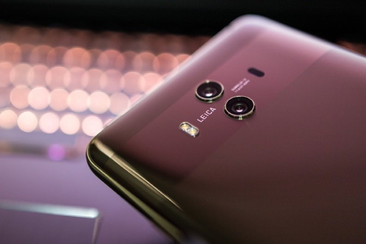 Huawei confirme qu'il travaille sur un smartphone pliable compatible avec la 5G http://dlvr.it/Qns9q6  - FestivalFocus