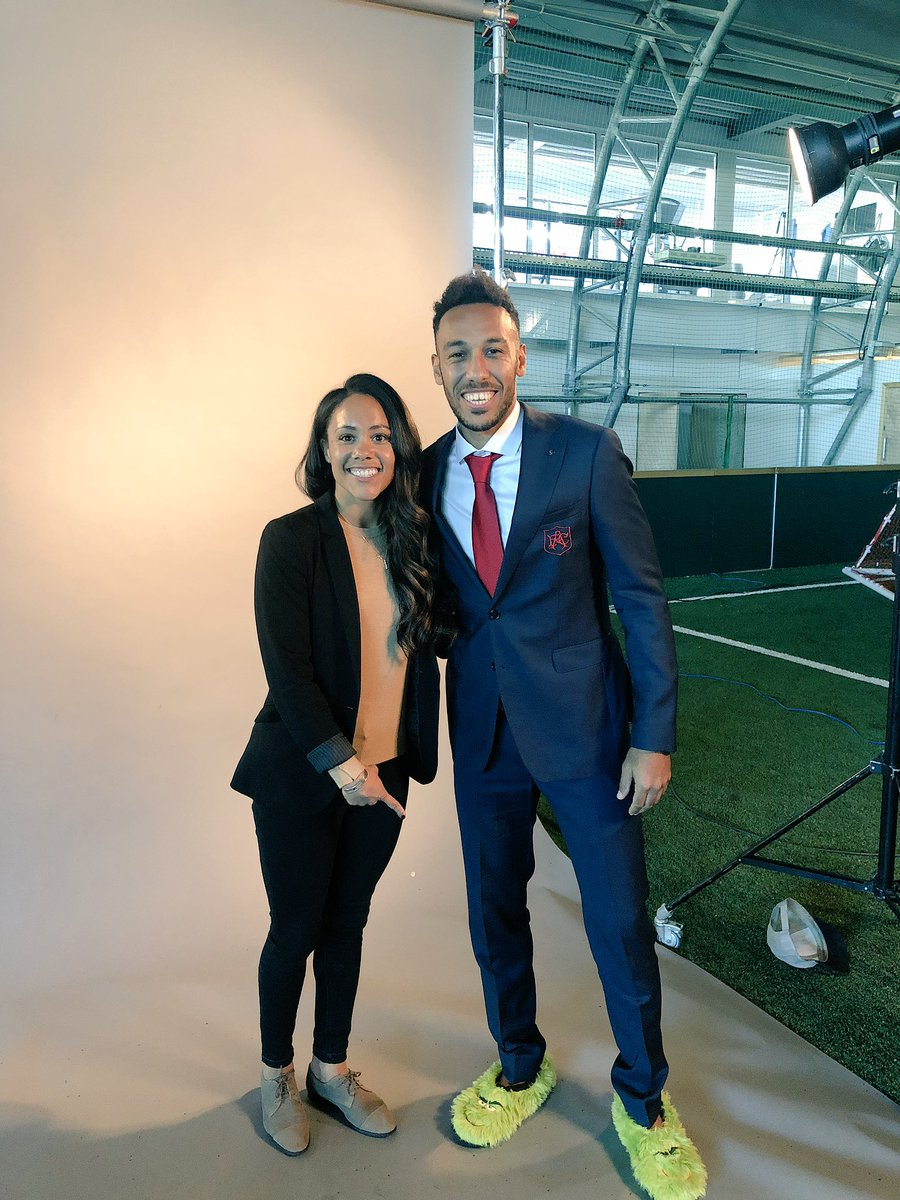 Well that was a fun afternoon..  doing his 1st full interview in English with me and  showing me some new fashion...suits and slippers 🤣   Not sure that one is going to take off 🤷🏽♀️