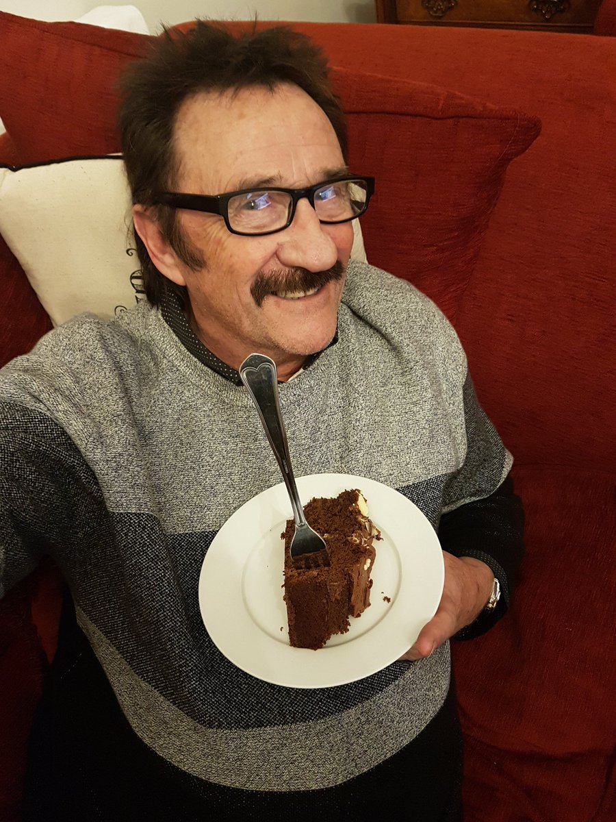 Enjoyable Paul Chuckle On Twitter Tucking Into My Birthday Cake Thanks Funny Birthday Cards Online Alyptdamsfinfo
