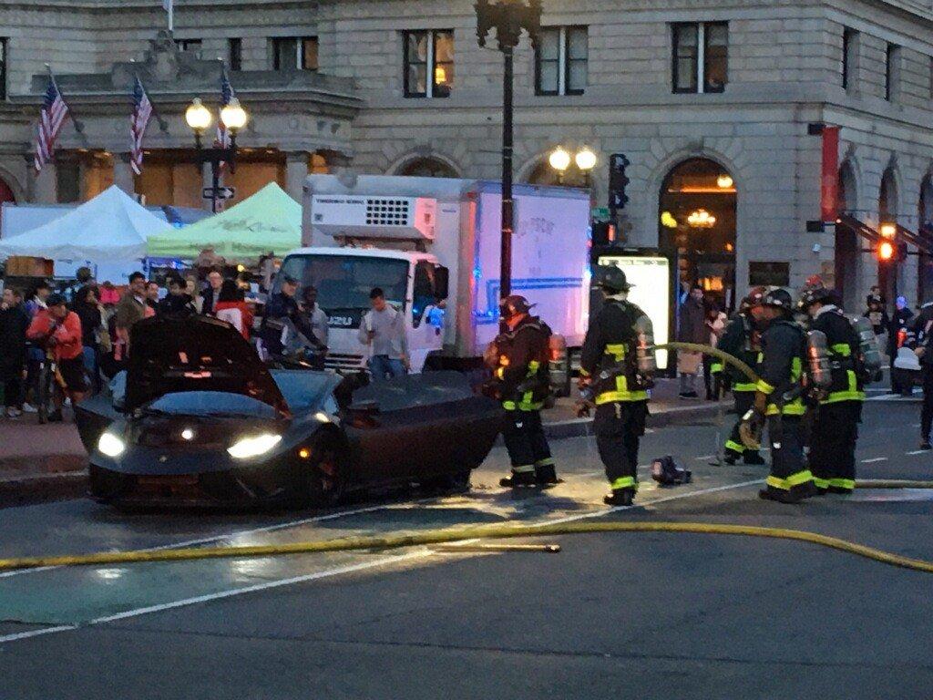 Wcvb Tv Boston On Twitter Oh No A Lamborghini Caught Fire In