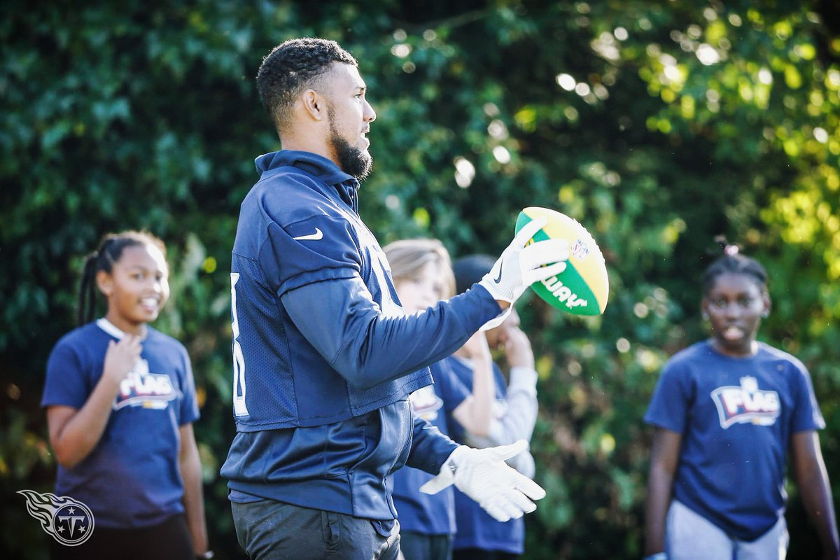 Tennessee Titans On Twitter After Practice Players TitansCheers And TRac Participated In Nflplay60 Activities With Local School