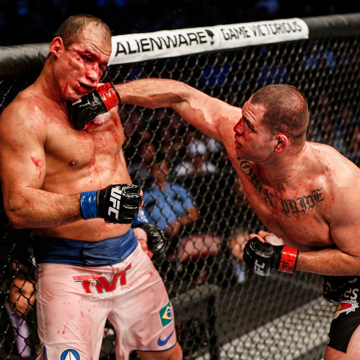 #OnThisDay in 2013... @CainMMA closed out his trilogy with JDS with THIS impressive showing!