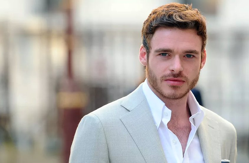 Is #GameofThrones star Richard Madden going to be the next James Bond? The report: winteriscoming.net/2018/10/15/ric…