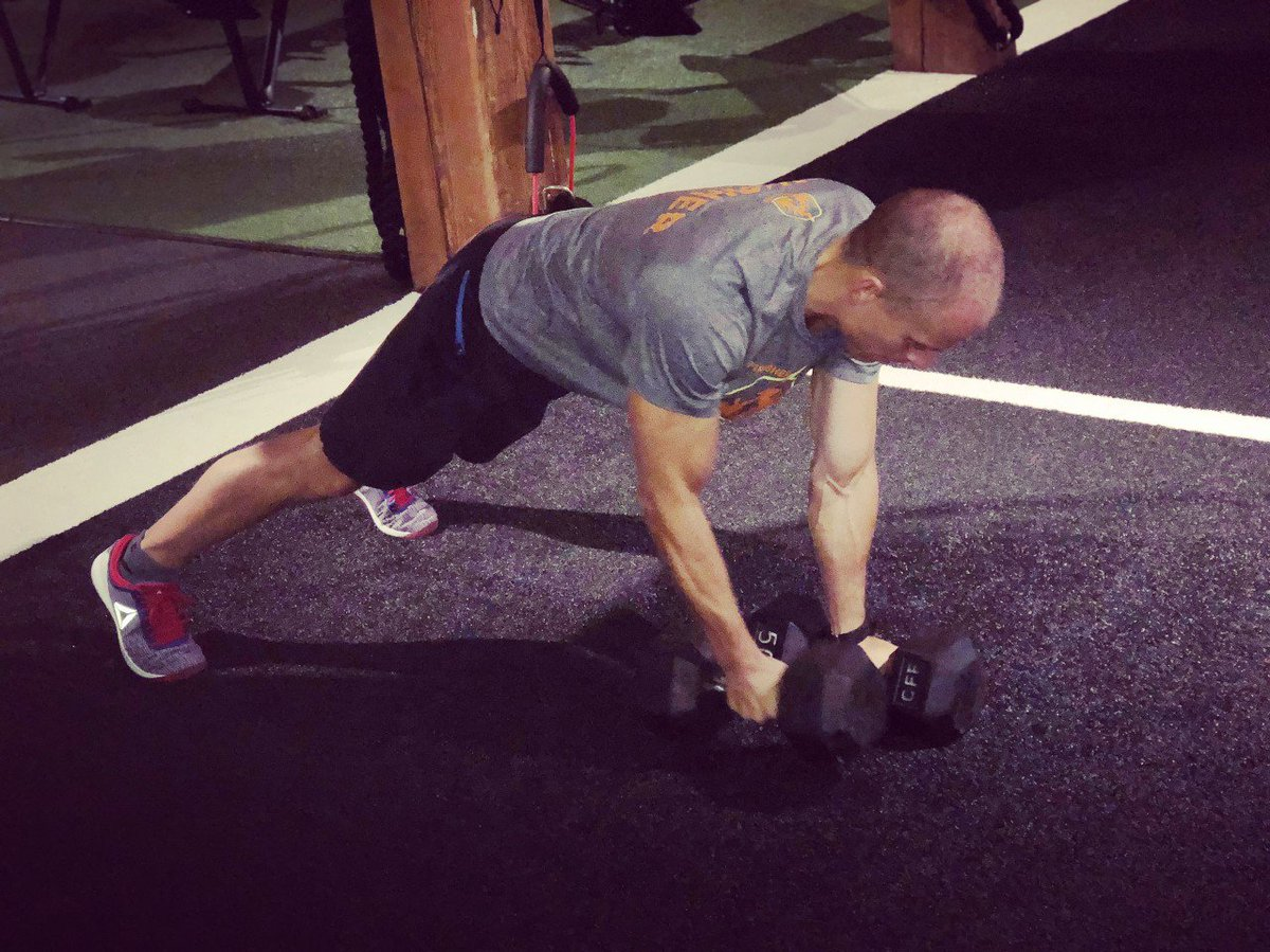 5 pulling/rowing variations we love using with our members: .. Inverted rows (using TRX) Single arm rows Batwing rows Pull-ups (yes these are a pulli... #rows #pullups #chinups #renegaderow #dumbell #dumbellworkout #workout #fitness #fitfam #strengthtraining #trainingtips<br>http://pic.twitter.com/XvVe3Glsoh