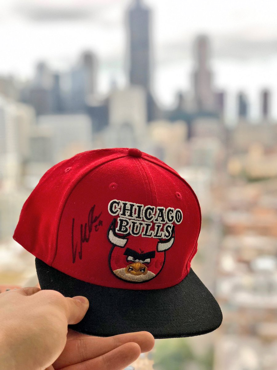 Welcome to the Chicago fam @angrybirds!   Retweet for a chance to get a signed exclusive #AngryBirds X @ChicagoBulls hat https://t.co/kAvCtZ1Jmb