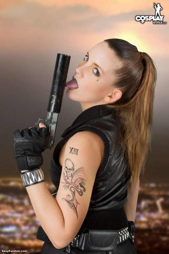 Sexy Fandom: Gogo Cosplays As Agent 13 In Lots Of Hot...