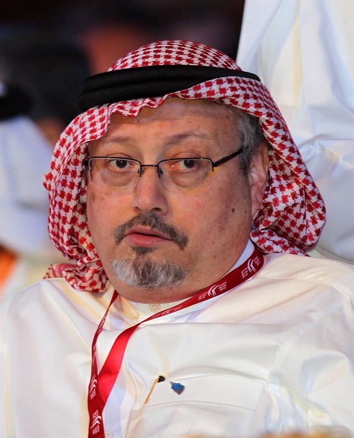 Arabia Saudita confirma la muerte del periodista Jamal Khashoggi en su consulado https://t.co/XPWZbDQuUH  El periodista opositor saudí se encontraba desaparecido desde el 2 de octubre, y su muerte habría ocurrido como consecuencia de 'una pelea' dentro del edificio consular.