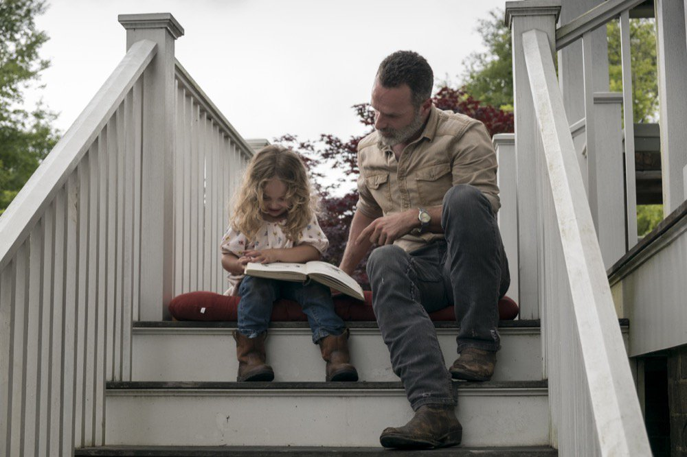 Fill the Richonne-sized hole in your life with these beautiful family pics from tonight's #WalkingDead: bit.ly/903Pics