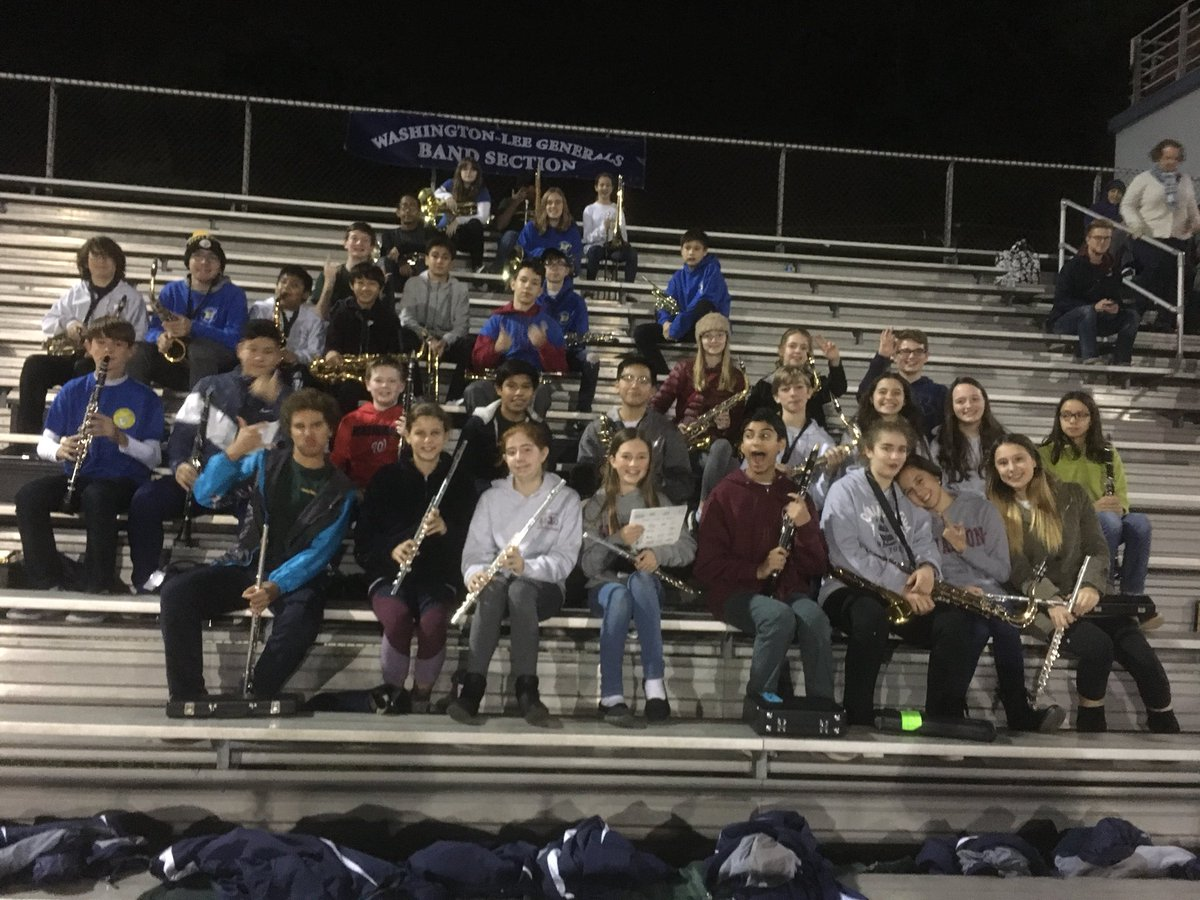 RT <a target='_blank' href='http://twitter.com/WLBands'>@WLBands</a>: 40 middle school band students from Jefferson ,Kenmore and Swanson enjoy the WL marching show <a target='_blank' href='https://t.co/hcsfOEDnVY'>https://t.co/hcsfOEDnVY</a>