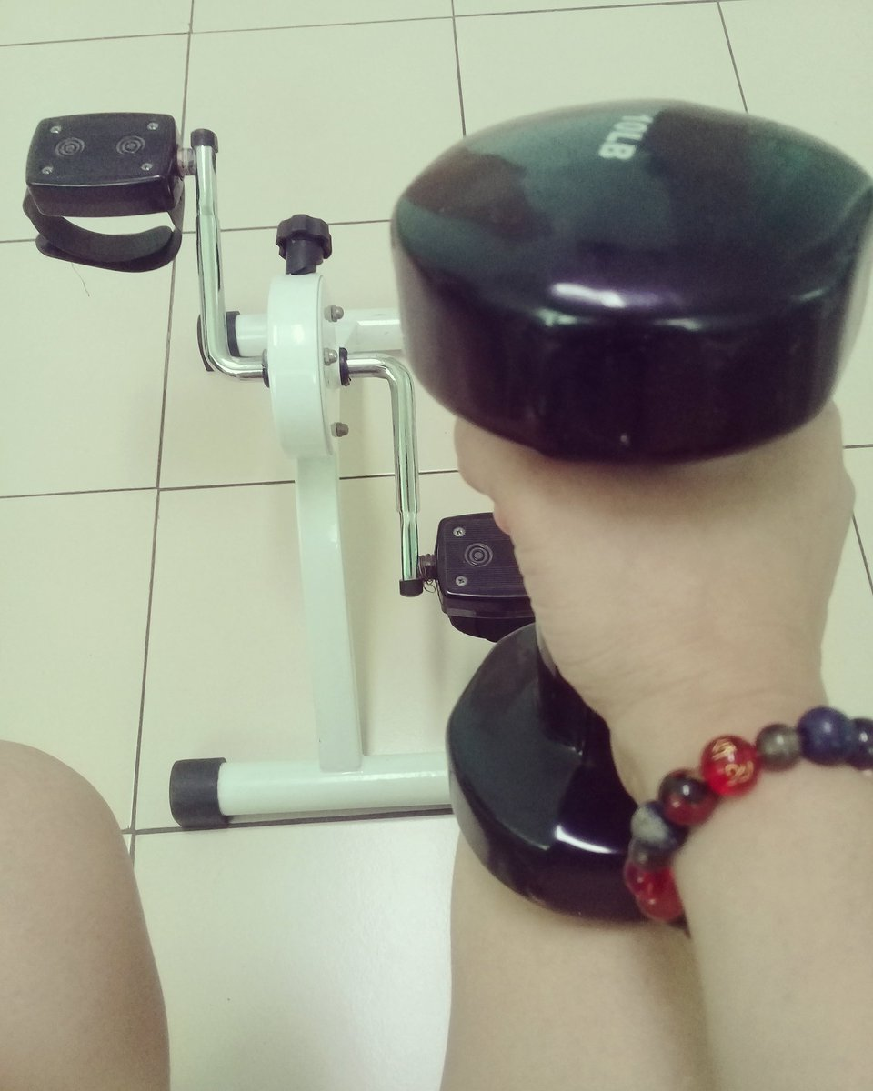 Sore today., strong tomorrow  #musclepower #10lb #fitness #fitnessmotivation  #yoga #gym #therapy  #crossfit  #dumbellworkout  #biking<br>http://pic.twitter.com/BiG14P7tbY