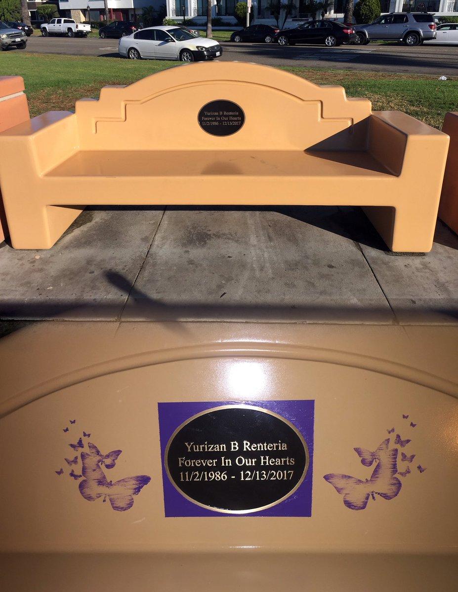 test Twitter Media - Memorial Bench in #BluffPark city of #LongBeach #RIPYuri #YurizanBeltran #YuriLuv #Yurizan https://t.co/jUAICBHGOM