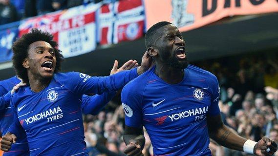 HT: Chelsea 1-0 Manchester United |   LIVE: https://t.co/ISx5BZMJUw   #MatchdayGoal #CHEMUN #CFC #MUFC https://t.co/5Zq1pWi3PN