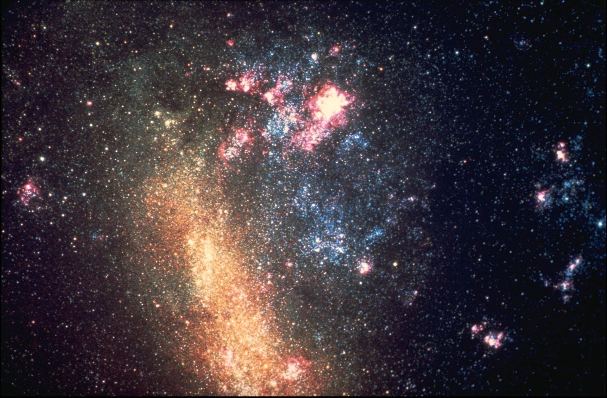 близкий космос картинки глубина изумрудов