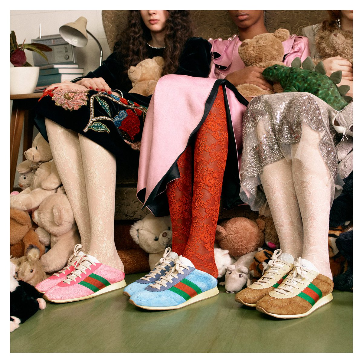 Retro-style with saturated hues, new suede sneakers feature the House Web stripe on the side, from #GucciFW18 by #AlessandroMichele.