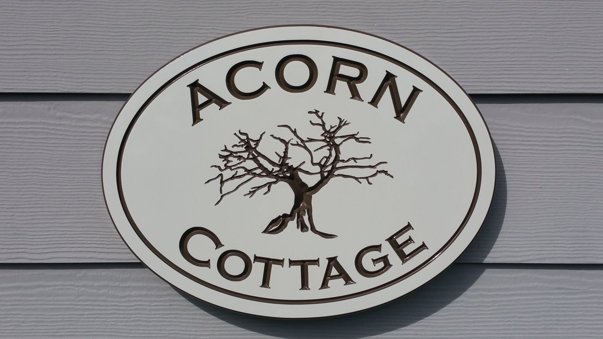 Green Cottage Design On Twitter Cottage Signs Vacation Rental
