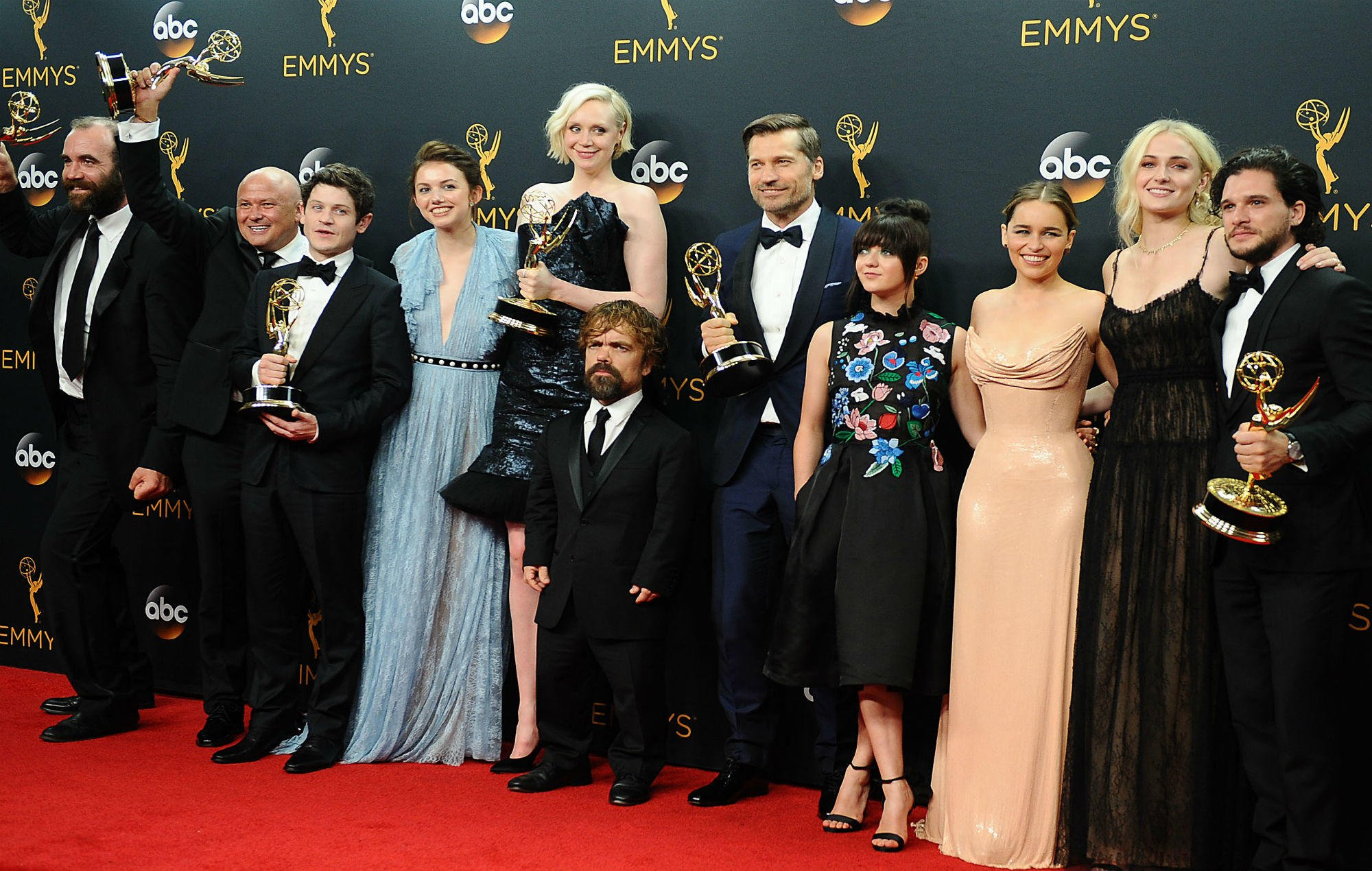 'Game of Thrones' reunion special will reunite all the characters from the show https://t.co/AbljQtNrtC https://t.co/HyWAaYerWX