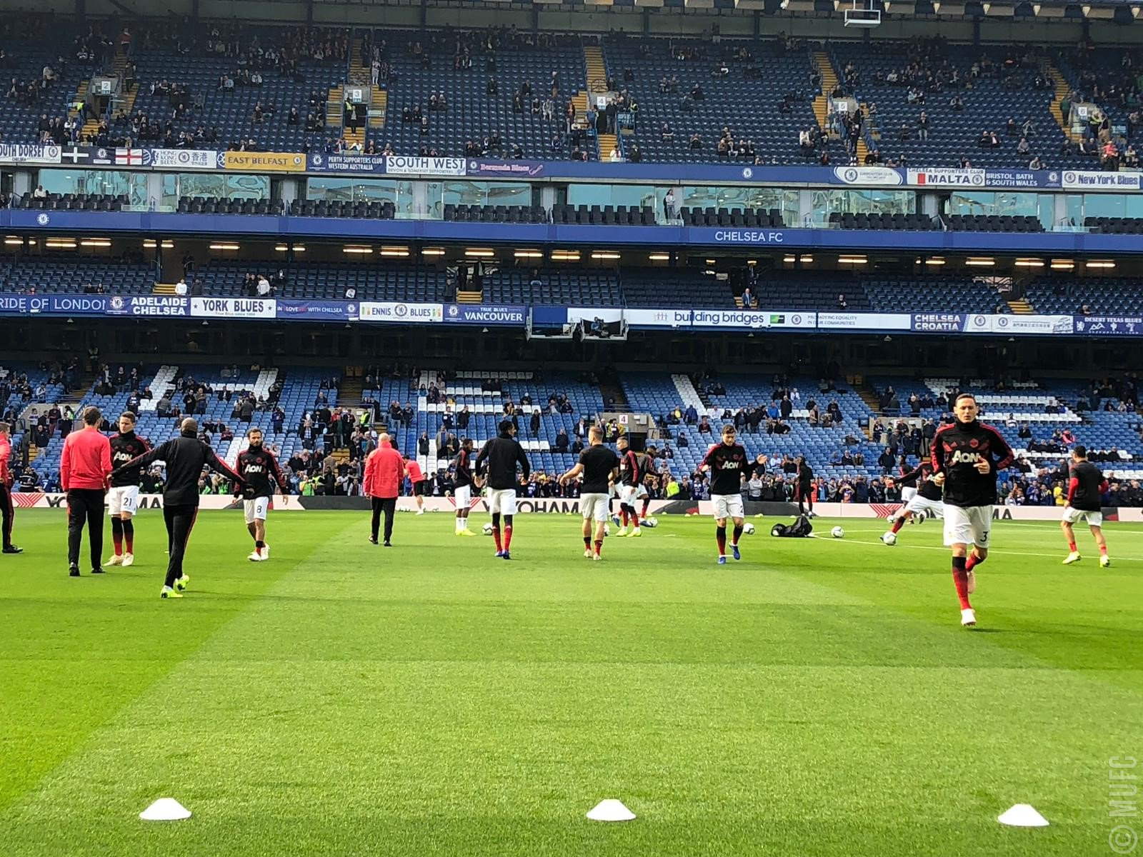 �� Touchline views as #MUFC get warmed up for #CHEMUN. https://t.co/Ib2vtdYI9n