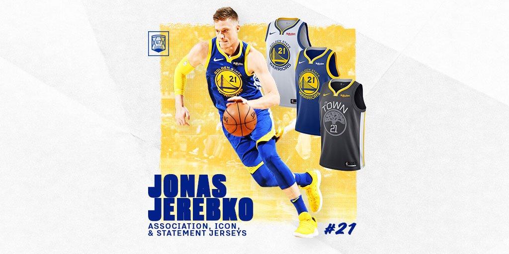 "#DubNation, here's a ""TIP"" for a Great Weekend 👌🏼 @warriors @JonasJerebko Jerseys are available at @warriors_store ! Get yours now! 🛒-–>bit.ly/Jerebko21 #warriors #jerseys #nike #Jerebko"