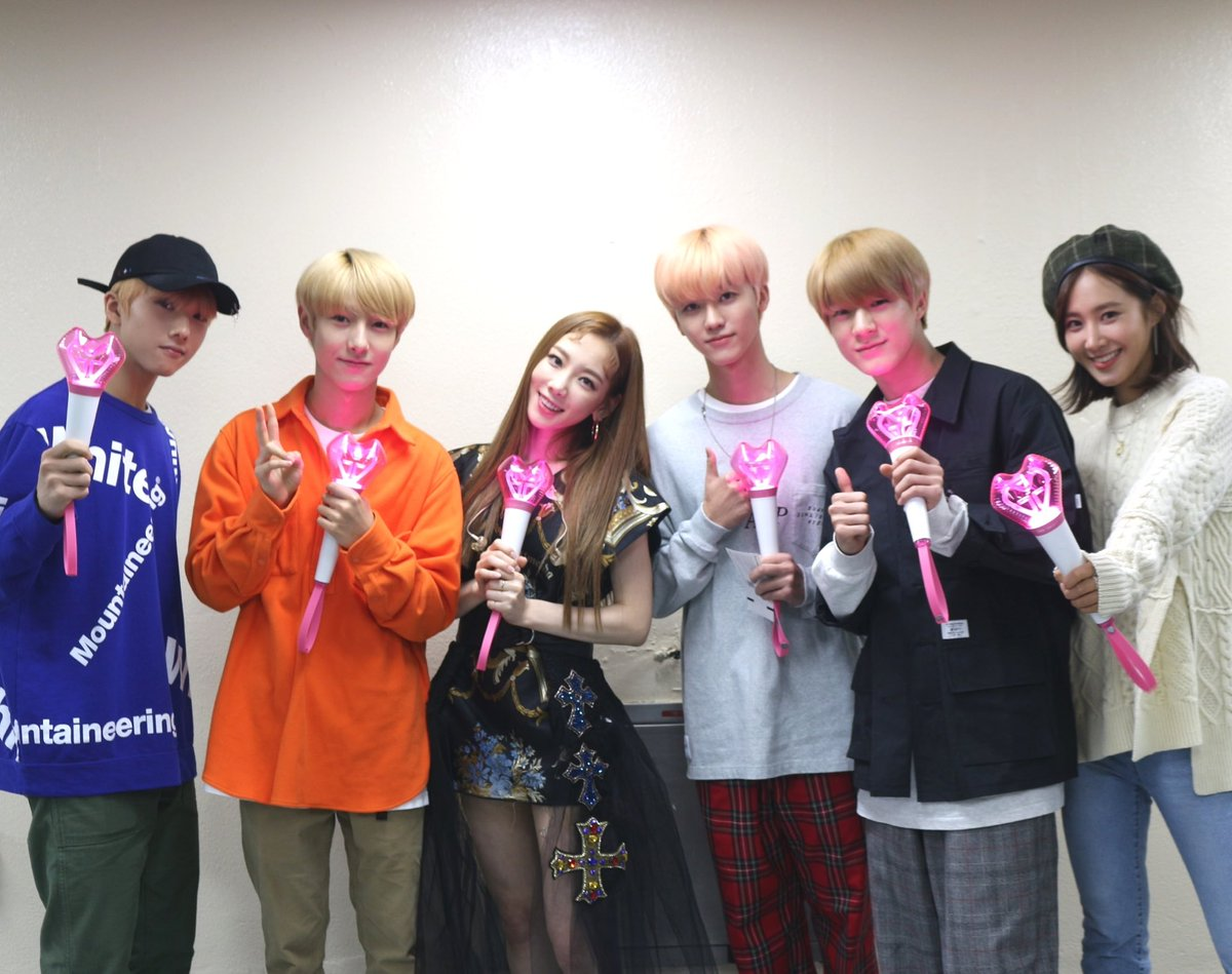 [📸#TAEYEON #YURI #NCTDREAM]  SMTOWN cheers the first day of [ 's...TAEYEON CONCERT ]! Meet YURI, #JENO, #JAEMIN, #RENJUN and #JISUNG with TAEYEON.   #SMTOWN #소녀시대 #GirlsGeneration @GirlsGeneration #NCT @NCTsmtown @NCTsmtown_DREAM_DREAM