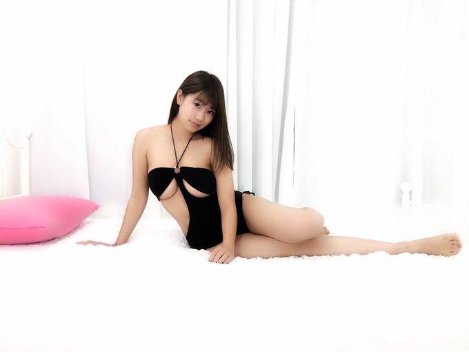 グラビアアイドルななせ結衣のTwitter自撮りエロ画像51