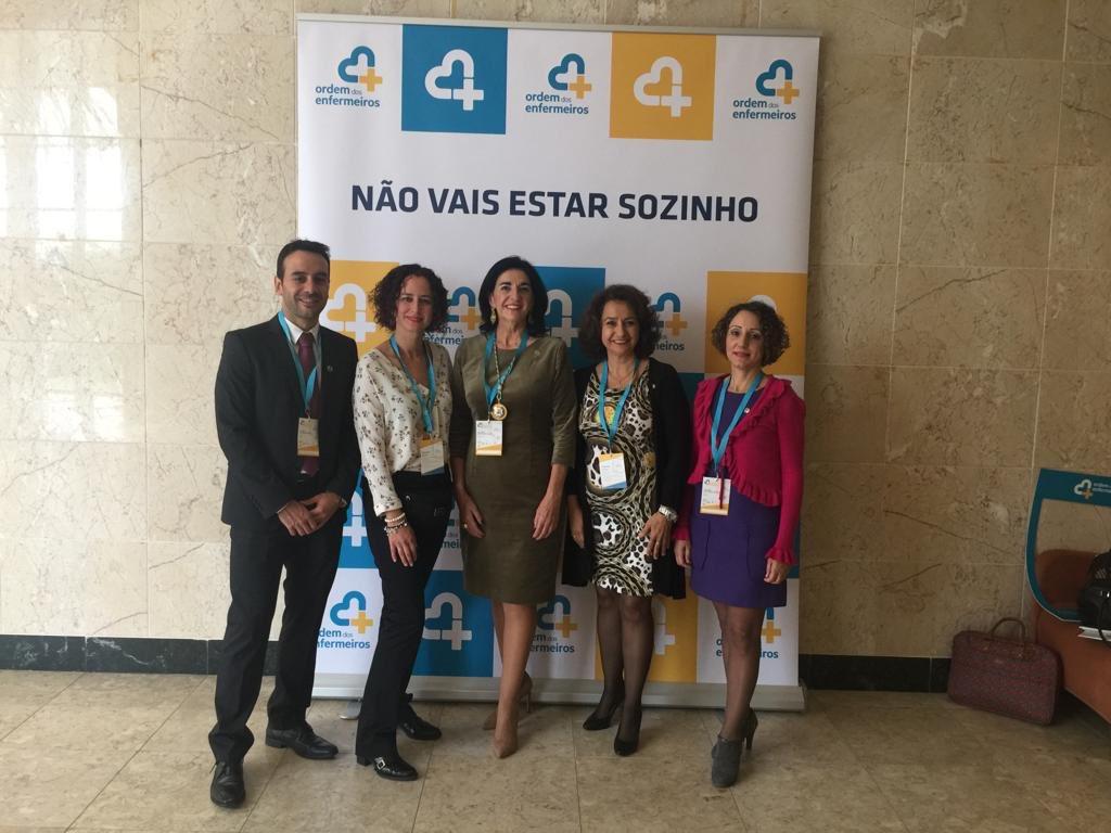 """Estamos asistiendo al """"IX Encuentro Ibérico"""" que se celebra en Portugal con @OrdemEnf #cuidarsinfronteras"""