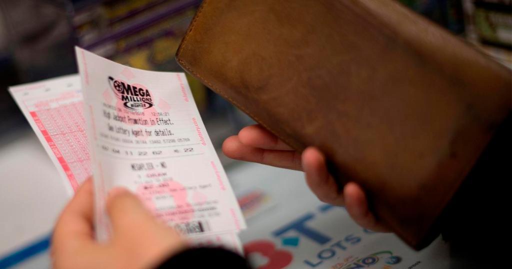 Who wants to be a billionaire? Mega Millions jackpot climbs to $1.6 billion ahead of next drawing on Tuesday https://t.co/AdB6krDQ8a