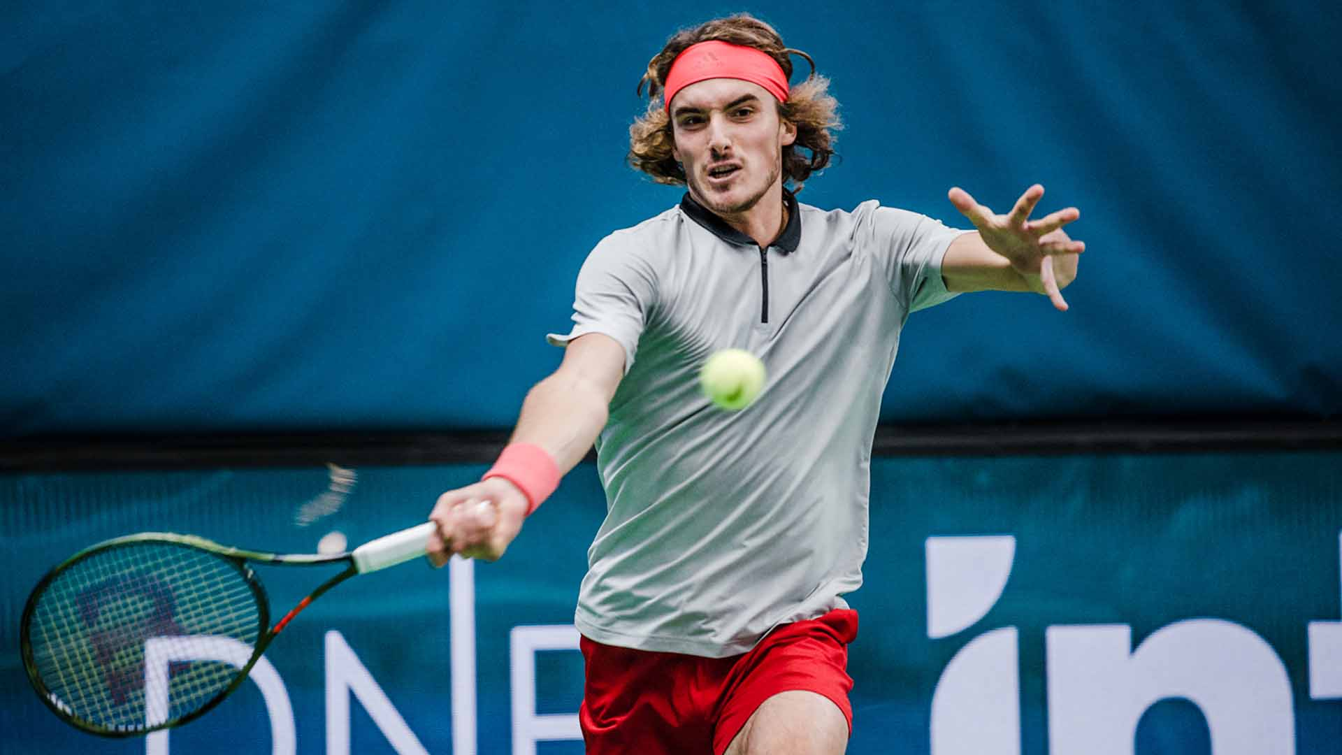 ���� @StefTsitsipas reaches his third final of the season in Stockholm.  Read More ▶️ https://t.co/LZI40WkRHE https://t.co/DbbSOAzNpN