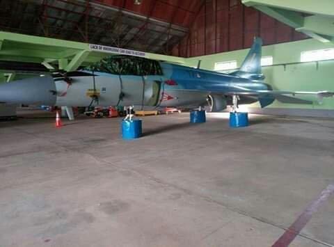اول مقاتله مخصصه للتصدير الى ميانمار نوع FC-1/JF-17 تمت مشاهدتها في الصين  Dp9RcoaXgAASfYN