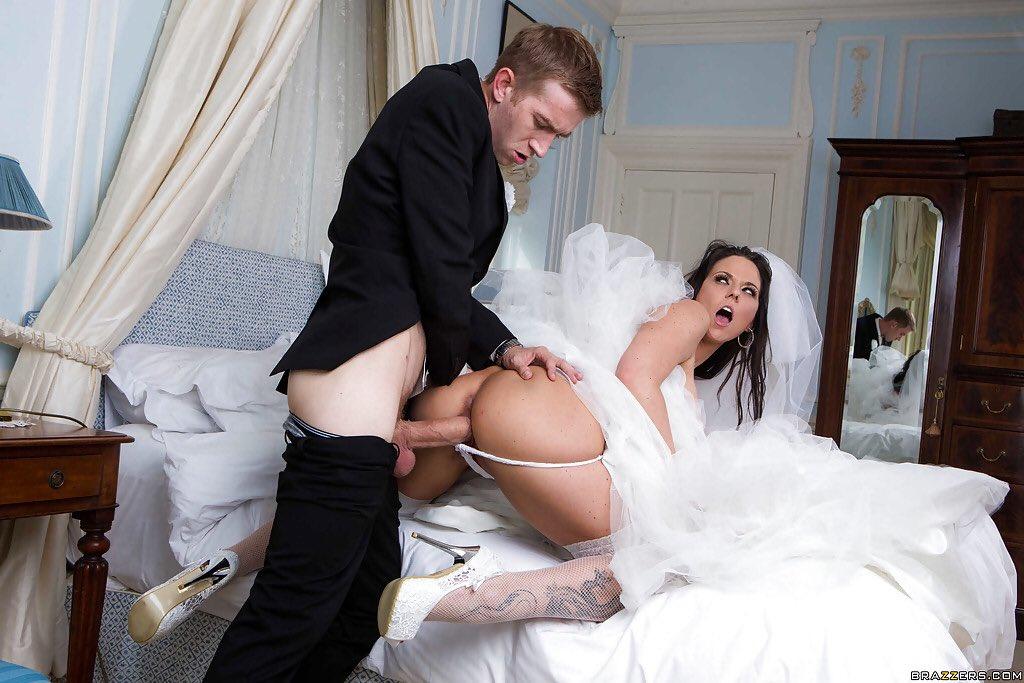 Порно невеста попала на свекра и спалилась, женщины в одежде дрочат парню фото