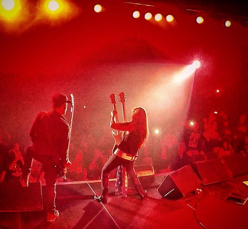 North Dakota, thank you for an amazing night! Kentucky and Arkansas, we are coming for you next! Oct 13 - Bowling Green, KY @VetteCityMMF Oct 19 - El Dorado, AR @MusicfestEldo (w/ @SammyHagar & The Circle) Visit LitaFordOnline.com for TIX!