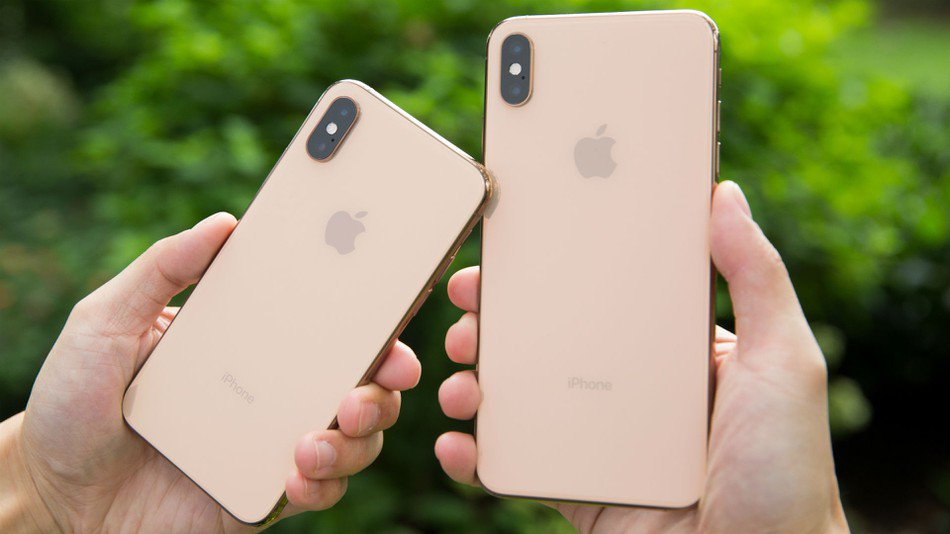 Apple's iOS 12.0.1 update will fix charging issues and WiFi problems