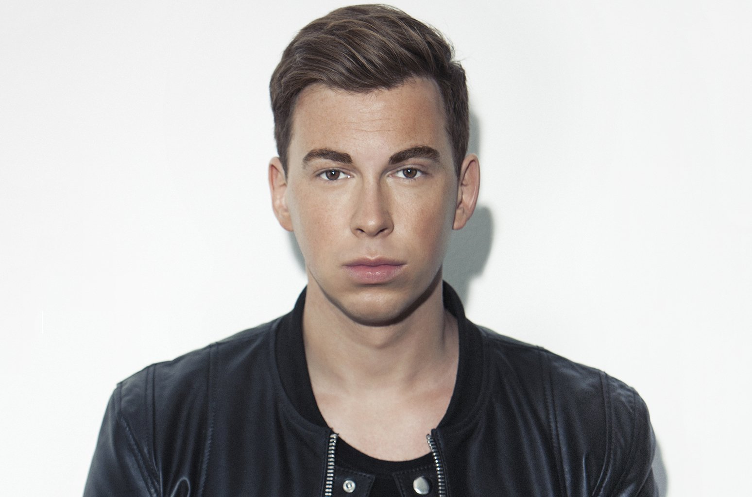 .@Hardwell, @VINAI and @CamMeekins dance their way 'Out Of This Town' (listen) https://t.co/ejYYCTvASS https://t.co/WY6SwskXp5
