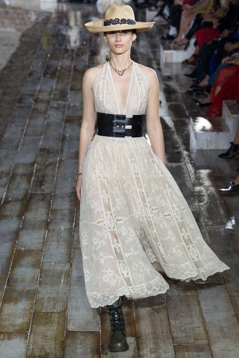 Rosamund Pike Wore Christian Dior Resort Ecru Lace Dress