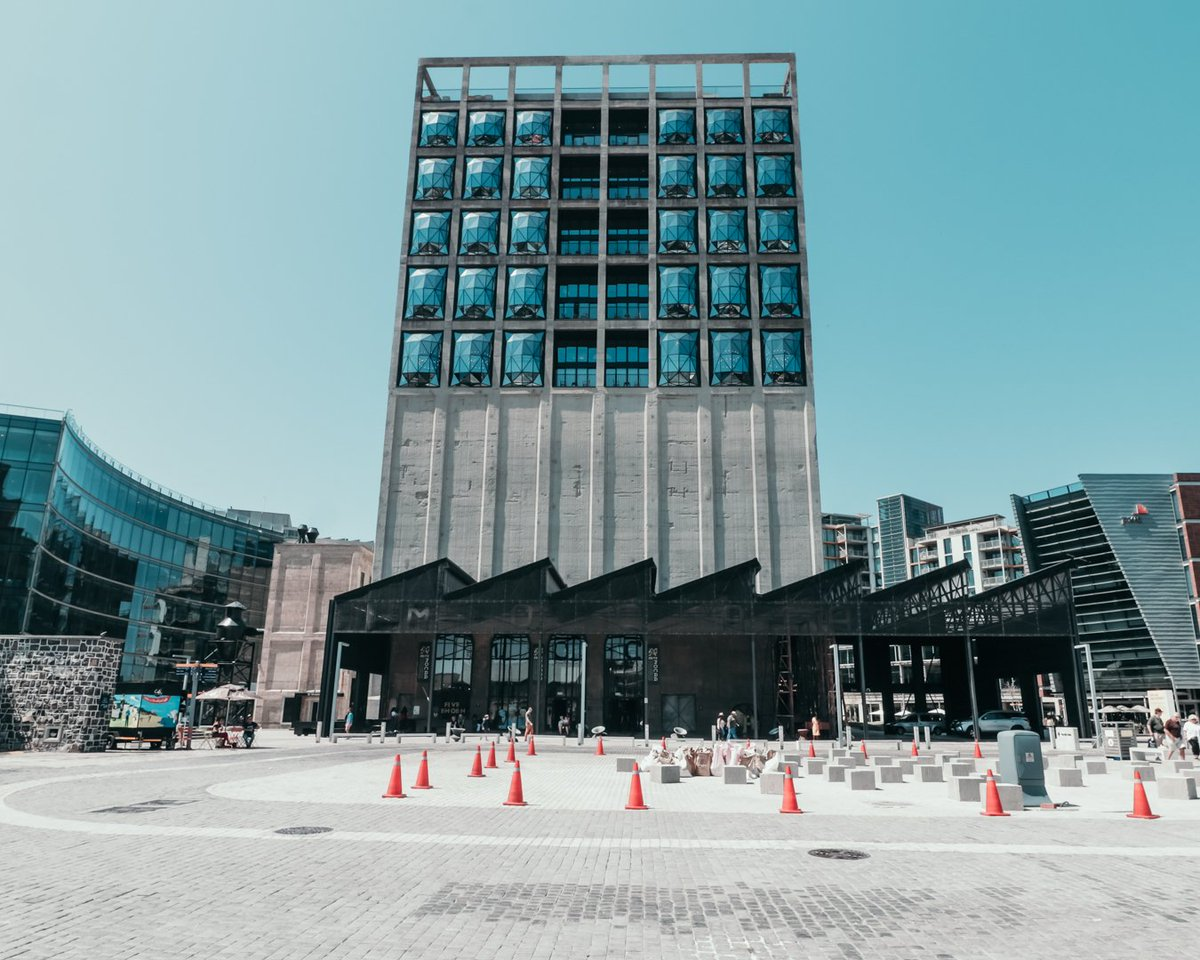 Happy Tuesday 😀 I had an awesome weekend exploring Cape Town. The Zeitz Museum in the waterfront is such an awesome building. What did you get up to? Let me know what you did in the comments below. 👇⬇️👇