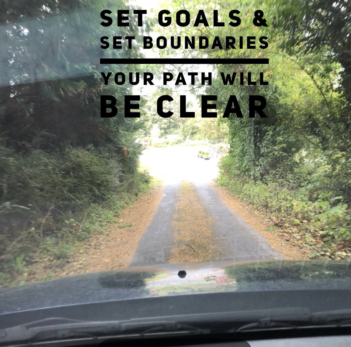 #setgoals #setboundaries & #yourpath with be #clear Know what you want & what you're unwilling to accept What #goals have you set for this week? What are the #boundaries you will uphold this week? What's 1 thing you can do today to help you create this?  Want to know? Message me!